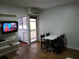Foto Departamento en Alquiler temporario en  Boca ,  Capital Federal  Almirante Brown   ** 300.  2 amb. Sup. 35m2.
