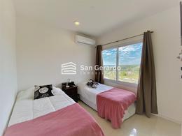 Foto Departamento en Alquiler temporario en  San Bernardino ,  Cordillera  Aqua Village
