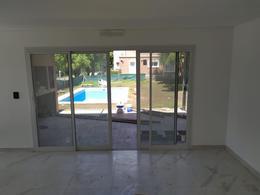 Foto Casa en Venta en  Boat Center,  Countries/B.Cerrado (Tigre)  Boat-center al 300