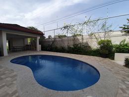 Foto Departamento en Venta en  Santana,  Santa Ana  Vista a las montañas / Amplio / Salida directa a ruta 27 / Desde $160.000