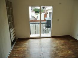 Foto Casa en Venta en  Florida Mitre/Este,  Florida  Arenales al 2200
