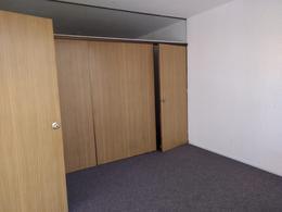 Foto Oficina en Alquiler en  Ciudad Vieja ,  Montevideo  Zabala 1325