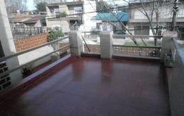 Foto Casa en Venta en  Macrocentro,  Rosario  Italia al 3100