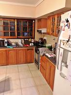 Foto Casa en Venta en  Carapachay,  Vicente Lopez  José Ingenieros al 5900