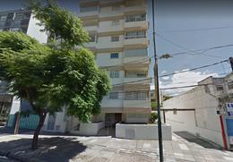 Foto Departamento en Venta en  Olivos,  Vicente López  Del Libertador al 2800