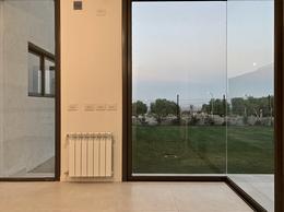 Foto Casa en Venta en  Mendoza,  Capital  Bº Dalvian