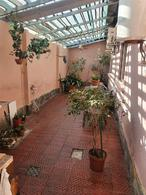 Foto Edificio Comercial en Venta en  Mercado Modelo Y Bolivar ,  Montevideo  Propios prox Hospital Militar