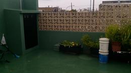 Foto Casa en Venta en  Lanús Oeste,  Lanús  Av. Rivadavia al 2800