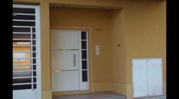 Foto Departamento en Venta en  La Plata,  La Plata  73 24 Y 25