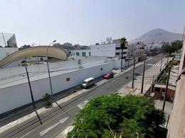 Foto Departamento en Venta en  Santiago de Surco,  Lima  Calle Luis Aldana al 100