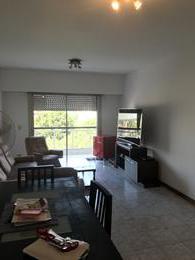 Foto Departamento en Venta | Alquiler en  Monte Grande,  Esteban Echeverria  Sofia T. Santamarina al 400