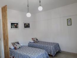 Foto Departamento en Alquiler temporario en  Monserrat,  Centro (Capital Federal)  Av Rivadavia al 1300