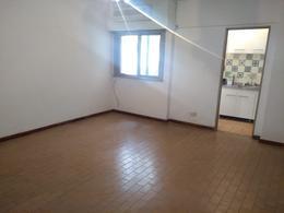 Foto Departamento en Venta en  Balvanera ,  Capital Federal  Moreno al 2500