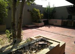 Foto Local en Alquiler en  Quilmes Oeste,  Quilmes  Triunvirato al 2500