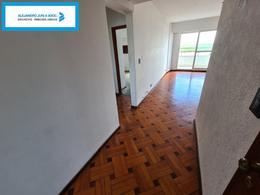 Foto Departamento en Venta en  Centro,  Rosario  Semipiso Vista Franca del Río Ubicación Inmejorable