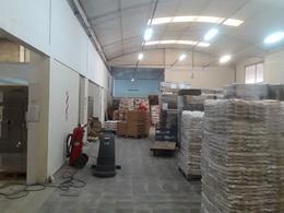 Foto Nave Industrial en Venta en  Mirizzi,  Cordoba  Av. Velez Sarsfield al 5000