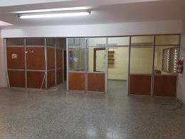 Foto Local en Alquiler en  Alto Alberdi,  Cordoba  Dean Funes al 2500