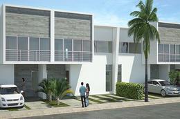 Foto Casa en condominio en Venta en  Cancún Centro,  Cancún  Residencia en Venta Av. Huayacán