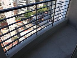 Foto Oficina en Venta en  Lomas de Zamora Oeste,  Lomas De Zamora  HIPOLITO YRIGOYEN 9161 12ºC
