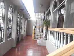 Foto Edificio Comercial en Venta en  Norte de Guayaquil,  Guayaquil      VENTA DE CASA - URDESA CIRCUNVALACIÓN SUR EXCELENTE OPORTUNIDAD