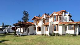Foto Casa en Venta en  Tumbaco,  Quito  De venta hermosa casa en Tumbaco. Sector Hilacril
