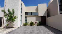 Foto Casa en Renta en  Playa del Carmen,  Solidaridad  CASA DE 3 REC. AMUEBLADA EN RESIDENCIAL CON ALBERCA