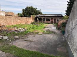 Foto Local en Alquiler en  Barrio Pque.Calchaqui,  Quilmes Oeste  Calchaquí 4563
