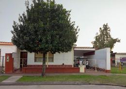 Foto Casa en Venta en  San Miguel De Tucumán,  Capital  Alt. Mendoza 4400