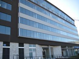 Foto Oficina en Venta | Alquiler en  Puerta Norte,  El Portal  Puerta Norte 1