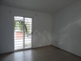 Foto Casa en Renta en  Residencial Anturios,  León  Casa remodelada en renta en Residencial Anturios
