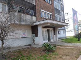 Foto Departamento en Alquiler en  Las Heras,  Rosario  Azara 730