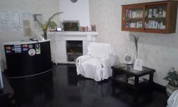 Foto Local en Venta en  Adrogue,  Almirante Brown  AVELLANEDA  671
