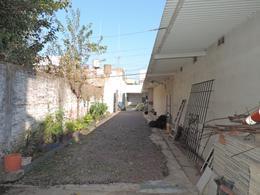 Foto Galpón en Venta en  Lanús Este,  Lanús  Pte Sarmiento al 1300
