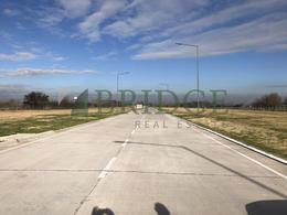 Foto Terreno en Venta en  Hurlingham ,  G.B.A. Zona Oeste  Camino del Buen Ayre km.  17