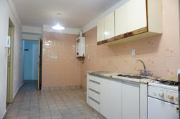 Foto Departamento en Venta en  Caballito ,  Capital Federal  Miro al 200