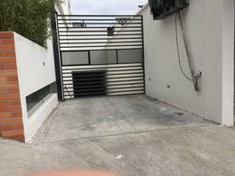 Foto Departamento en Venta en  Granda Centeno,  Quito  BARON DE CARONDELET Y VILLALENGUA
