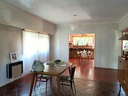 Foto Casa en Venta en  Castelar,  Moron  Pergamino al 2300