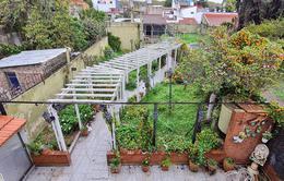 Foto Casa en Venta en  Caseros,  Tres De Febrero  Guamini 4800