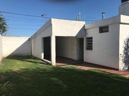 Foto Casa en Venta en  Rio Cuarto ,  Cordoba  Ayacucho al 2400