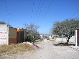 Foto Terreno en Venta en  Santa Fe,  Tequisquiapan  Pequeño lote, zona con servicios
