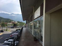 Foto Local en Venta en  La Rioja Privada Residencial 1era. Etapa,  Monterrey  Local en Venta en La Rioja-Zona Carretera Nacional