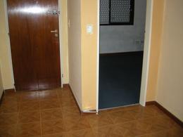 Foto Departamento en Venta en  Belen De Escobar,  Escobar  Gelves 775  2° B