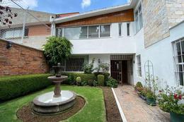Foto Casa en Venta en  La Herradura,  Huixquilucan   La Herradura; Excelente opcion, casa  para remodelar, amplios espacion, jardin