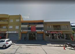 Foto Local en Venta en  La Plata ,  G.B.A. Zona Sur  44 entre 132 y 133