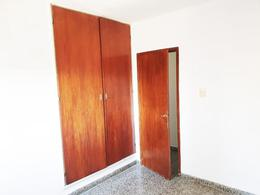 Foto Departamento en Venta en  Capital ,  Neuquen  Basavilvaso y Santa Fe. Departamento en Venta