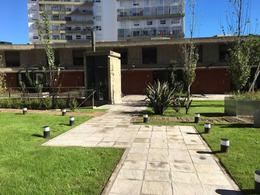 Foto Departamento en Venta en  Echesortu,  Rosario  Vera Mujica al 1300