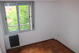 Foto Departamento en Venta en  P.Rivadavia,  Caballito  Senillosa y Guayaquil, 4° piso