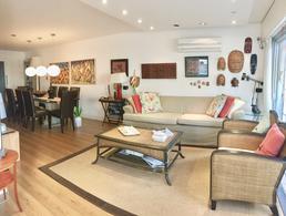 Foto Departamento en Venta | Alquiler temporario en  Península,  Punta del Este  PENINSULA, a metros del puerto - 3 dormitorios + servicio