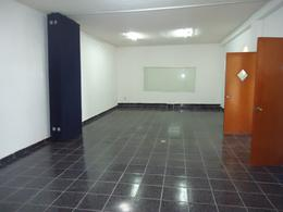 Foto Edificio Comercial en Renta en  Cancún,  Benito Juárez  SE RENTA EDIFICIO COMERCIAL EN CANCUN TODO O EN PARTES SOBRE AV. R-4