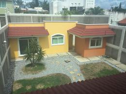 Foto Casa en Venta | Renta en  Petrolera,  Coatzacoalcos  Bonita Casa en Venta, Nayarit, Col. Petrolera.